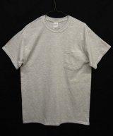 GILDAN ポケット付き 半袖 Tシャツ ASH GREY (NEW)