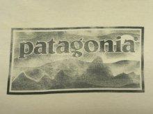 他の写真1: PATAGONIA 白タグ バックプリント ロゴ 半袖Tシャツ USA製 (USED)
